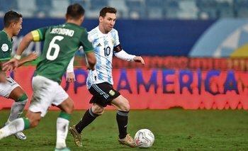 Lionel Messi maniobra ante Justiniano