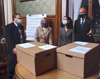 El equipo económico presentó la Rendición de Cuentas al Poder Legislativo.