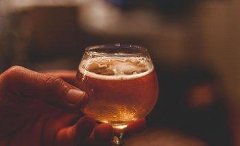 El grupo posee 500 marcas de cerveza, incluidas Budweiser, Beck