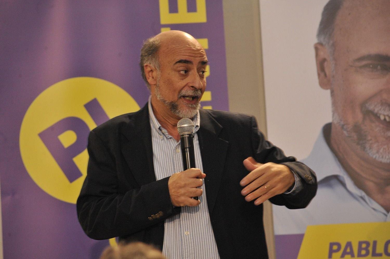 Lacalle Pou aventaja a Martínez para el ballottage