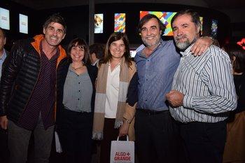 Guzman Triver, Mónica Noya, Cecilia Ciganda, Edgardo Noya y Washington Fernández