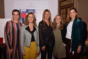 Carina Martines, Carolina Gianola, Renata Battione, Carolina Olague y Ximena Arcos Pérez
