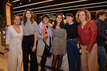 Sofia Muñoz, Ana y Cecilia Faget, Victoria Muñoz, Lucia Mignot y Virginia Miguel