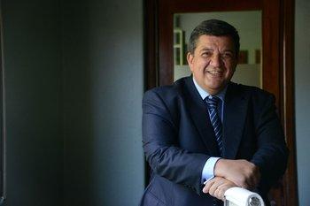 En Uruguay publica el ranking de 15 categorías, según especialidades.