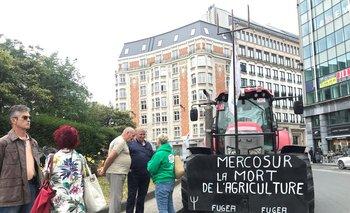 Agricultores belgas protestan en Bruselas, sede de los órganos de la UE, por el acuerdo con el Mercosur