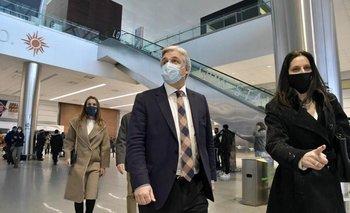 Francisco Bustillo, el sucesor de Ernesto Talvi en la cancillería, llegó poco antes de las siete de la mañana a Uruguay