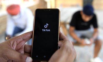 TikTok establece nuevos límites para ciertos usuarios.