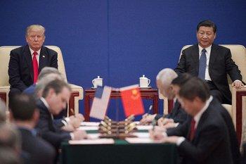 El presidente de Estados Unidos, Donald Trump, y el chino, Xi Jinping, en un evento en 2017 en Pekín
