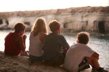 El Día del Amigo se celebra el 20 de julio en varios países de habla hispana, incluido Uruguay