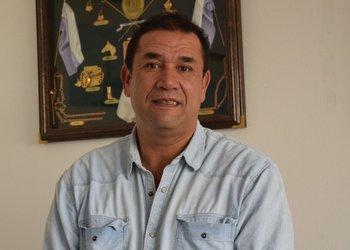 El senador expuso en una actividad de la Sociedad Interamericana de Prensa