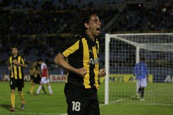 El Pato Sosa con Peñarol en 2010