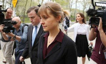 Foto de archivo. Alison Mack también fue multada con US$ 20.000 por los delitos