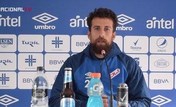 Guzmán Corujo  en la conferencia de prensa previa al clásico del Apertura
