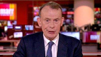 El periodista de la BBC Andrew Marr advierte sobre los peligros de bajar la guardia por estar vacunado
