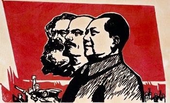 Mao Zedong instauró la República Popular de China (RPC), sobre la base de las teorías de Marx y Lenin.