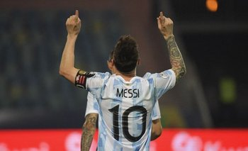 Otra noche brillante de Messi en Brasil