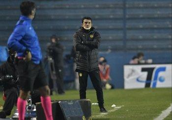 Mauricio Larriera ideó un buen plan de juego, pero erró en los cambios