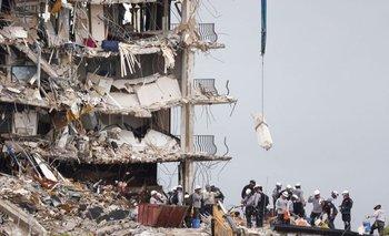 El edificio Champlain Towers, ubicado en Surfside, Florida, contaba con 12 pisos antes de que ocurriera el derrumbe