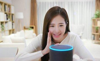 """La palabra """"Alexa"""" se usa en muchos hogares para activar los dispositivos de voz de Amazon"""