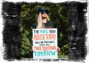 Paris Hilton sufrió estos programas y ha desarrollado una intensa campaña para acabar con sus prácticas