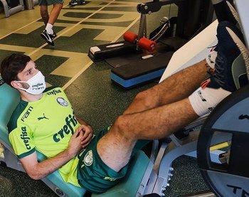 Matías Viña volvió a Palmeiras