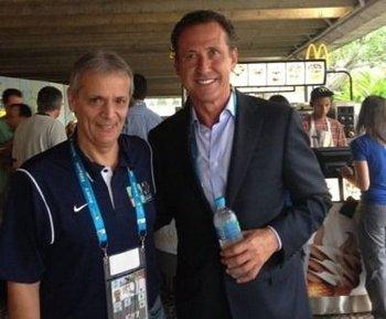Javier Castrilli y el exfutbolista Jorge Valdano