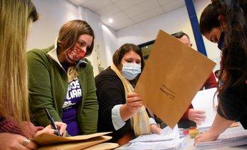 Se anunciaron casi 800 mil firmas recolectadas contra la ley de urgente consideración