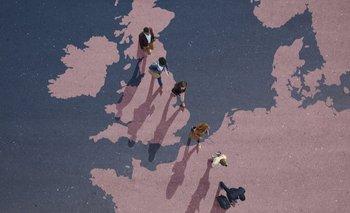 Según datos oficiales, unos seis millones de ciudadanos con pasaporte europeo se registraron en el sistema británico antes del 30 de junio.