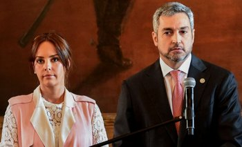 El presidente de Paraguay, Mario Abdó, y su esposa Silvana López Moreira