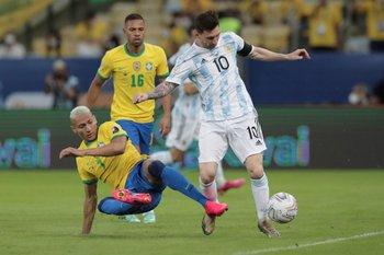 Messi y Richarlyson