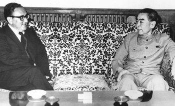 Kissinger y Zhou Enlai negociaron los términos de la visita de Nixon a China