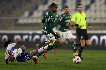 Matonte dirigió el partido Universidad Católica-Palmeiras