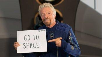 Bransonn invitando a ir al espacio a los usuarios.