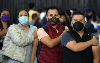 América Latina viene lento con la vacunación
