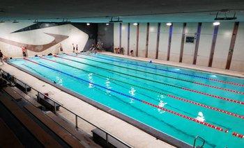 El Club Banco República remodeló su piscina y la Federación de Natación le pone tecnología