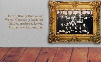 El equipo de Peñarol en el primer clásico ante Nacional que se jugó el 15 de julio de 1900 con victoria aurinegra por 2-0