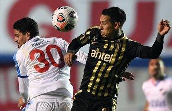 Peñarol fue más que Nacional en el clásico