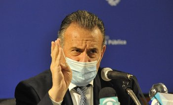 Ministro de Salud Daniel Salinas