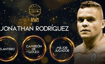 Jonathan Rodríguez fue la figura destacada de la entrega de los premios Balón de Oro en México
