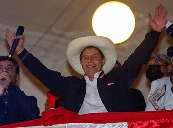 Pedro Castillo tras ser proclamado presidente de Perú