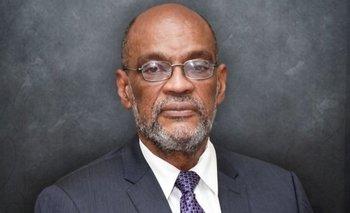 Ariel Henry es un neuricirujano de 71 años