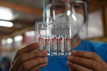 La primera y la segunda dosis del inmunizante son diferentes e inintercambiables