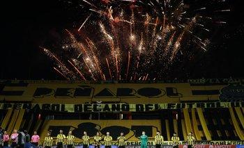 Peñarol celebró su clasificación a cuartos de final de la Copa Sudamericana