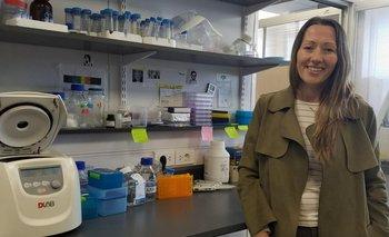 María Eugenia Francia, responsable del Laboratorio de Biología de Apicomplejos del Instituto Pasteur de Montevideo.