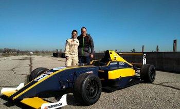 Maite Cáceres y su padre Fernando en la Academia Jensen