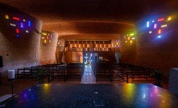 La Iglesia Cristo Obrero, en Estación Atlántida