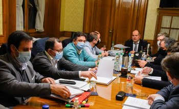 La coalición de gobierno se reunió este lunes