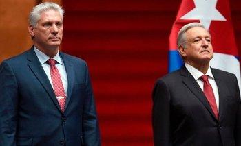 El presidente de México, Andrés Manuel López Obrador (derecha), junto a Miguel Díaz-Canel, su homólogo de Cuba (izquierda).