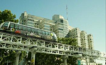 La serie imagina a Montevideo con metro desde hace 25 años