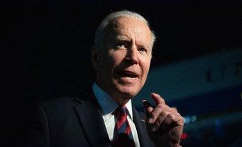 Joe Biden hablando ante los medios de comunicación